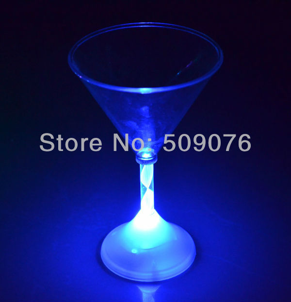 Free shipping 24pcs/lot LED Light Up BLINKING MARTINI COCKTAIL GLASS Color Flashing Tiki Bar Party Drink