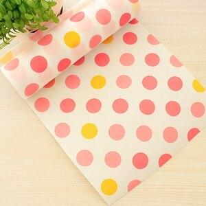 Image 4 - 5 Rolls/Set Nicht Klebe Regal Papier Schöne Dot Muster Schublade Lagerung Liner für Schublade Tisch Küche Schränke speisekammer
