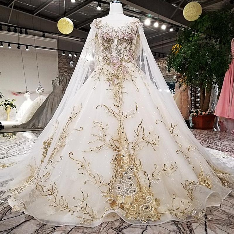 High-End Customized Wedding Dresses Luxury Lace Appliques Beading Cathedral/Royal Train with Long Cape Veil Formal Bridal Gowns
