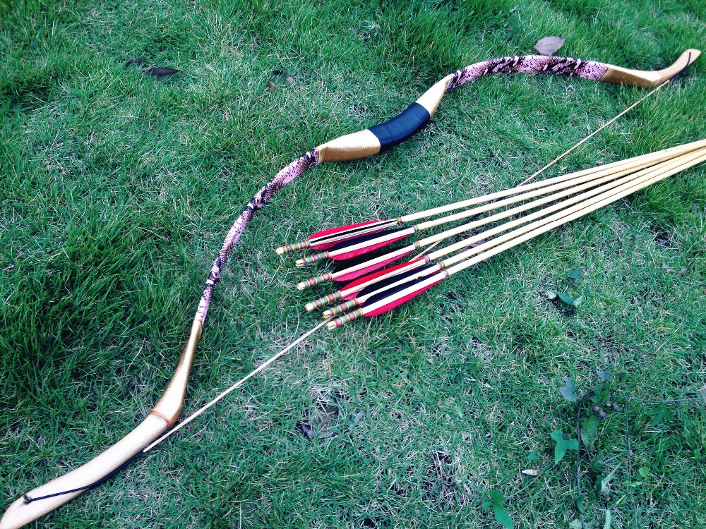 US $55 43 16% OFF|Chinese Handmade Traditional Longbow Bow achery longbow  recurve bow pink leather bow 20# 60#+6 wooden arrow achery arrow-in Bow &