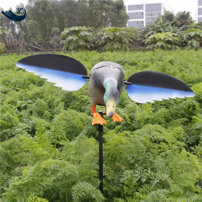 Xilei Wholesale Dc 6V/12V/12V Remote Control Pe Mallard Decoy Duck Decoy With Magnet Spinning Wings