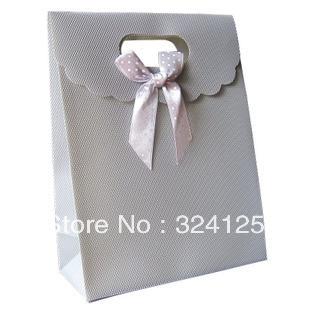20pcs/lots 25.5*18.5*8cm PP Waterproof luxury Silver gift packaging bag,thickening gift bag,wedding gift bag Free shipping