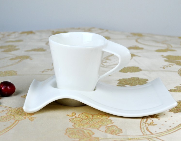 China Bone ceramic coffee cup and saucer set 300-400ML Ceramic cup /mug (one set include one cup and one saucer)