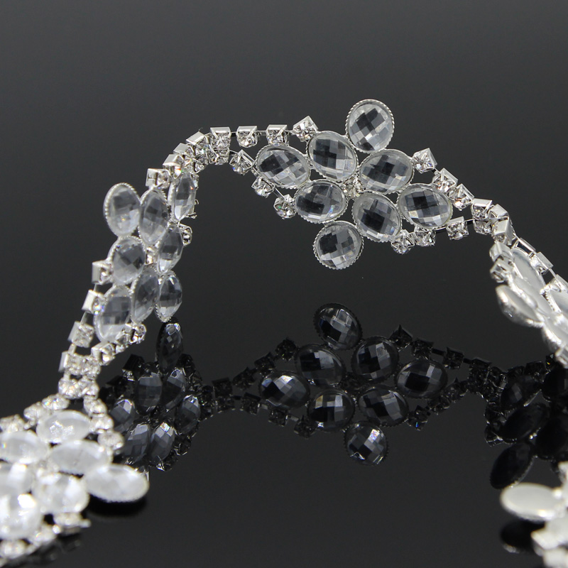 10Yards Sew on Rhinestone Trims Close Chain Wedding Dress Clothes Applique Trimming in Rhinestones from Home Garden