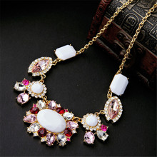 New Arrival Bohemian Vintage Gold Choker Chain Crystal Flower Elegant Necklace Fashion Jewelry For Woman