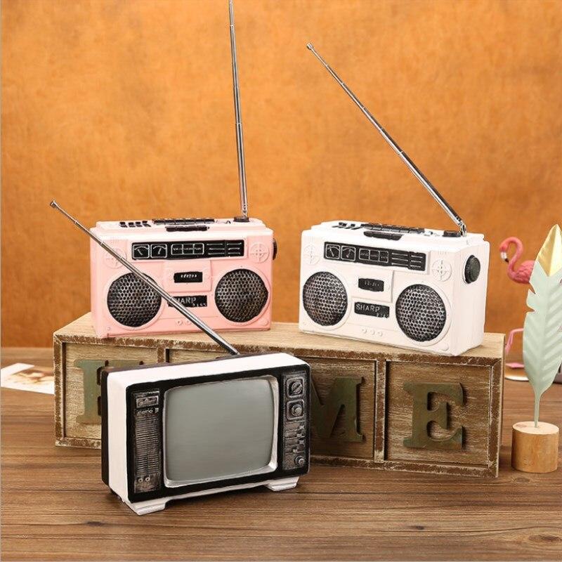 Magnétophone européen résine modèle décoration de la maison Vintage noir et blanc rétro TV modèle créatif fenêtre décoration-in Figurines et miniatures from Maison & Animalerie    1