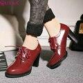 QUTAA Новый Casual Закрыт острым носом женщин насосы зашнуровать мягкие кожаные ботинки для девочек высокий каблук Ретро туфли размер 34-43