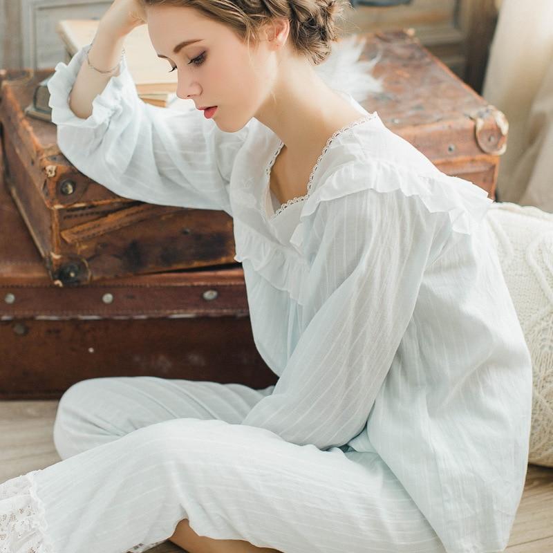 New female long sleeved cotton   Pajamas     Sets   autumn square collar pyjamas women simple leisure clothing sleepwear Home Clothing