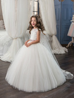 New Arrival Little Girls Lace Applique Holy First Communion Dresses for Girls Floor Length Open Back Girls with Veil