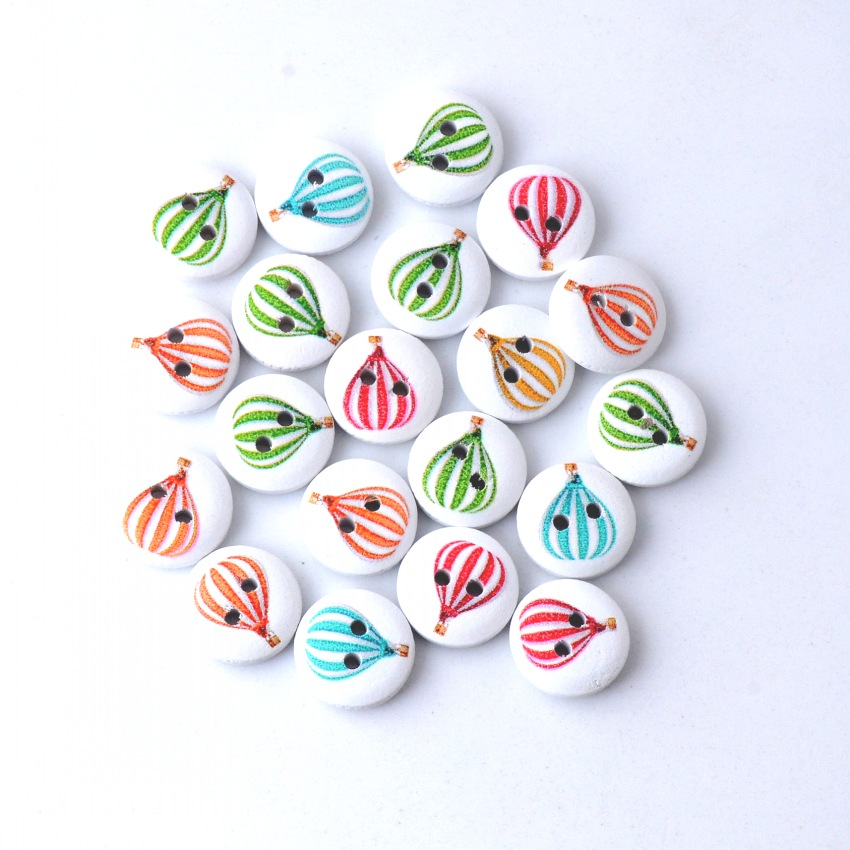 Free Shipping Retail Diy 20Pcs Random Mixed Lovely Round Hot Air Balloon 2 Holes Wood Painting Sewing Buttons Scrapbooking 15mm button