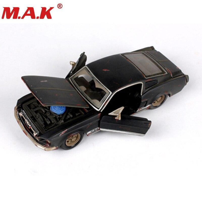 Jouets pour enfants Maisto 1:24 ancienne version 1967 Mustang GT noir voitures de course sport 1/24 alliage moulé sous pression voiture modèle voiture jouets pour collection