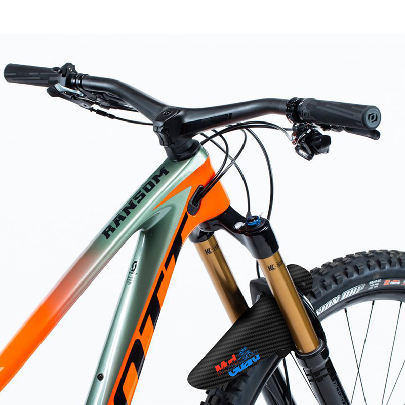 2019 New Design Bike Fender 3K Carbon Fiber Design  Light Weight Bike Parts Bicycle Mudguard Cycling Accessories