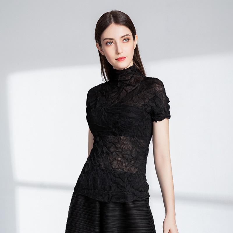 Automne nouveau t-shirt noir sexy chemise plissée MIYAKE livraison gratuite