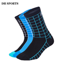 DH SPORTS New Top Quality Professional Brand Cycling Socks Breathable Bicycle Bike Socks Outdoor Lattice Racing Cycling Sock