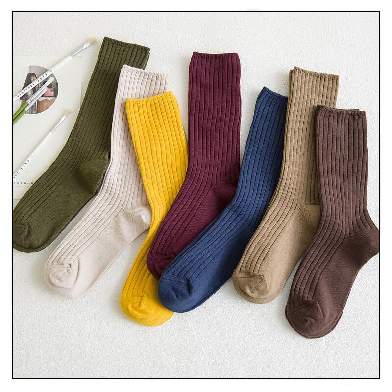 New Arrive Harajuku Retro Women Cotton Loose Socks for Winter In Tube Korean Pure Color Yellow Designer Christmas Cute Kawaii