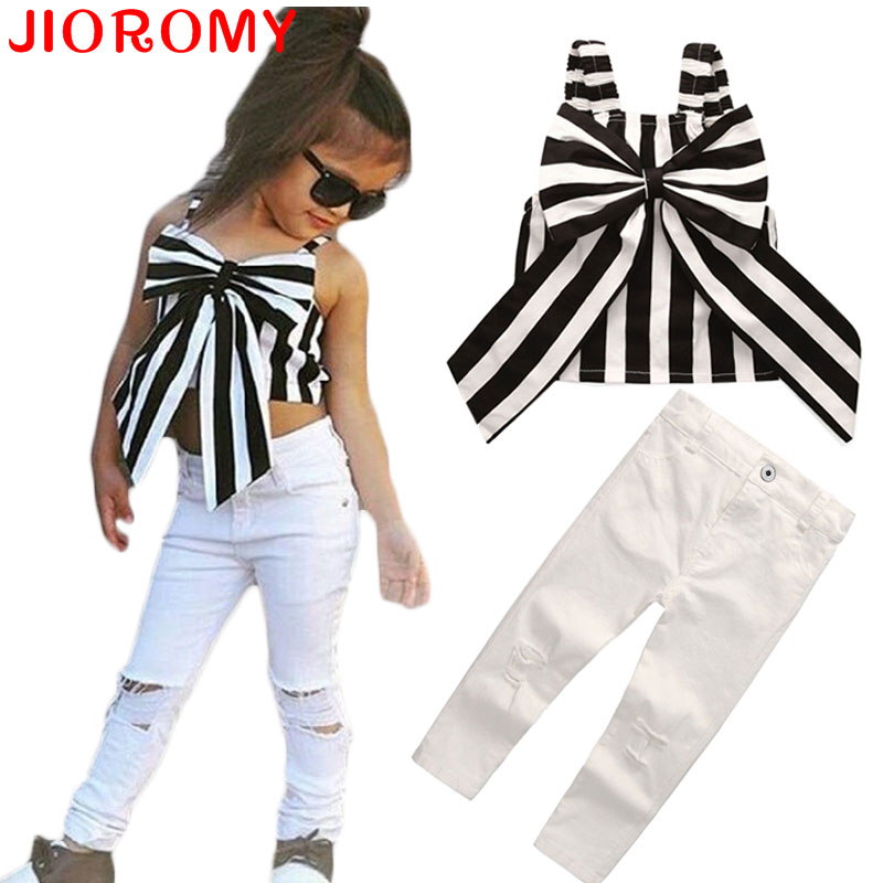 2017 Hot Girls Set Topy i spodnie 2 sztuki Summer Stripes Ribbon Short Sling Fashion Hole Pants Europejski styl Garnitury dziecięce