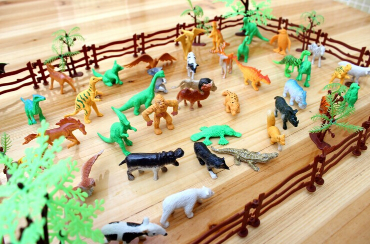 Simulation Zoo 68pcs/set Containing Solid Fence Coconut