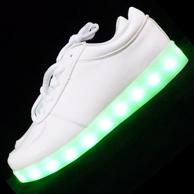 Привело обувь для взрослых случайный Любителей повседневная обувь светодиодные светящиеся обувь мужчины плюс размер свет пара обуви zapatos mujer быстрый корабль
