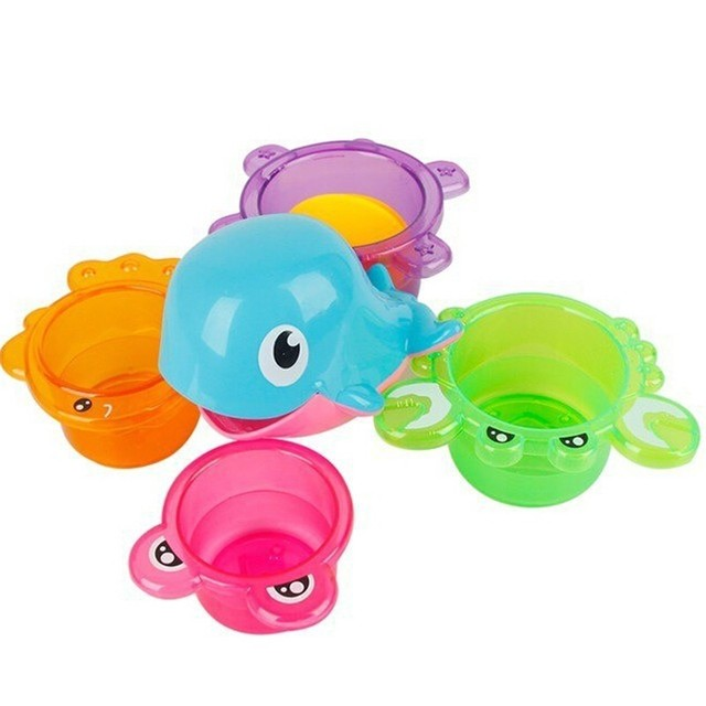 Plástico ABS golfinho bonito brinquedos do banho do bebê brinquedos de natação crianças caçoa o presente quatro copas Stacked menino menina brinquedos