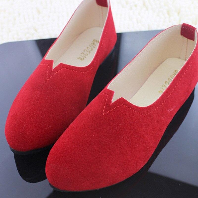 где купить 2018 Hot Sale Women Nubuck Leather Round Toe Loafers Shoes Casual Shallow Mouth Solid Candy Color Flats Shoes Big EU Size 35-43 по лучшей цене