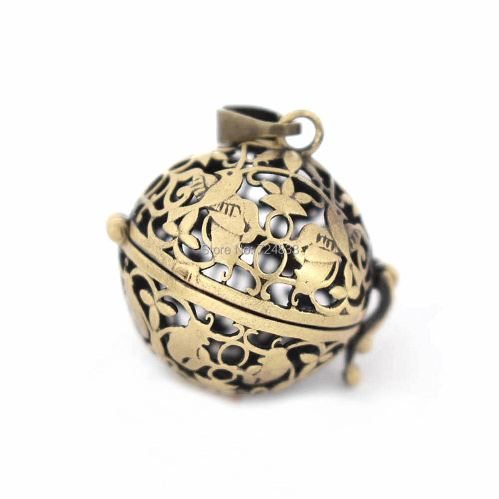 30x25mm Vintage Filigree Flower Bird Hollow Cage Round Ball Locket Pendants For DIY Essential Oil Diffuser Perfume Chime Making
