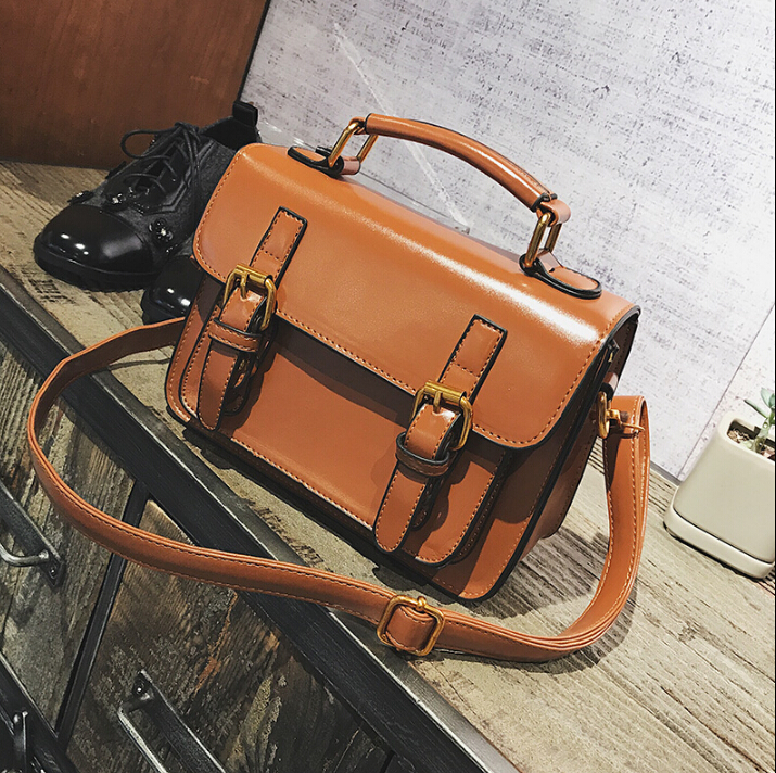 Mode pu en cuir de femmes petit sac à main vintage femmes facteur de style sac à main d'épaule occasionnel sac de messager likaili89