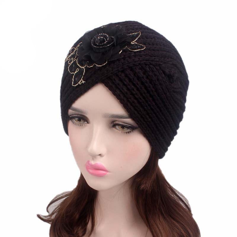 Musulmán sombrero turbante invierno lana caliente Flor del hilado casquillo  del Knit Beanie dormir Chemo turbante 0beedb776b1
