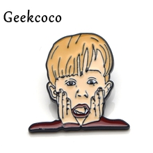 Home Alone Macaulay Culkin Zinc alloy pins badges para shirt bag clothes backpack shoes brooches medals decorations J0117