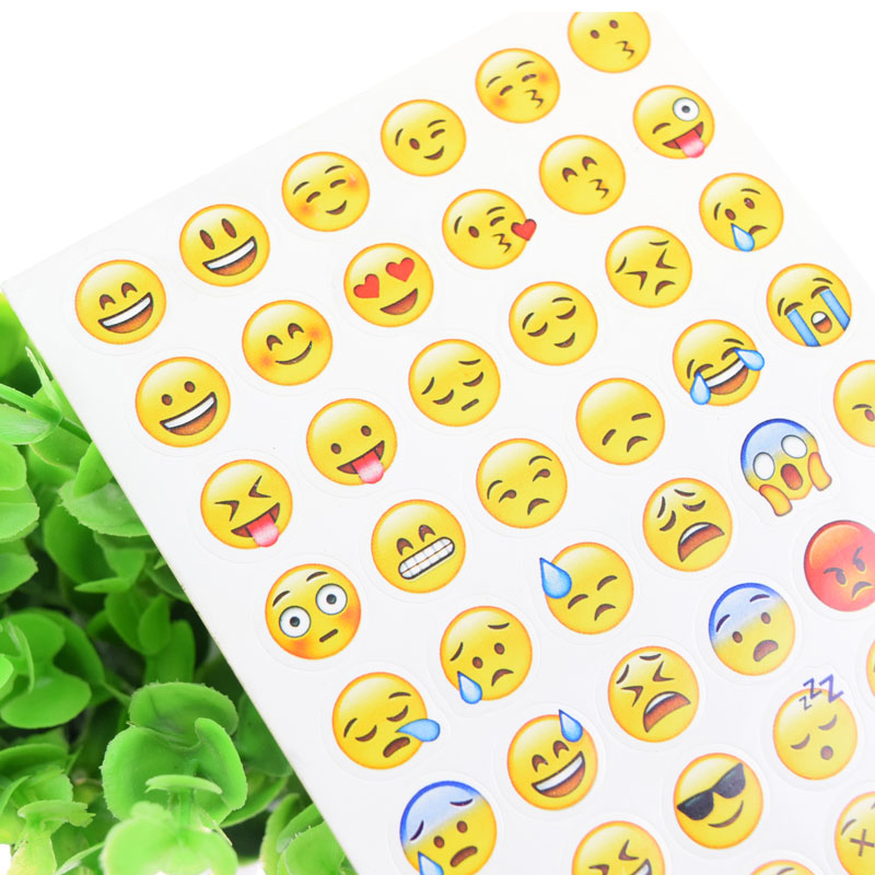 1PC Emoji Smile Face Stickers Stickers Party Birthday DIY Handmade For Notebook Cake Baking Label Adhesive Pack Sealing Sticker