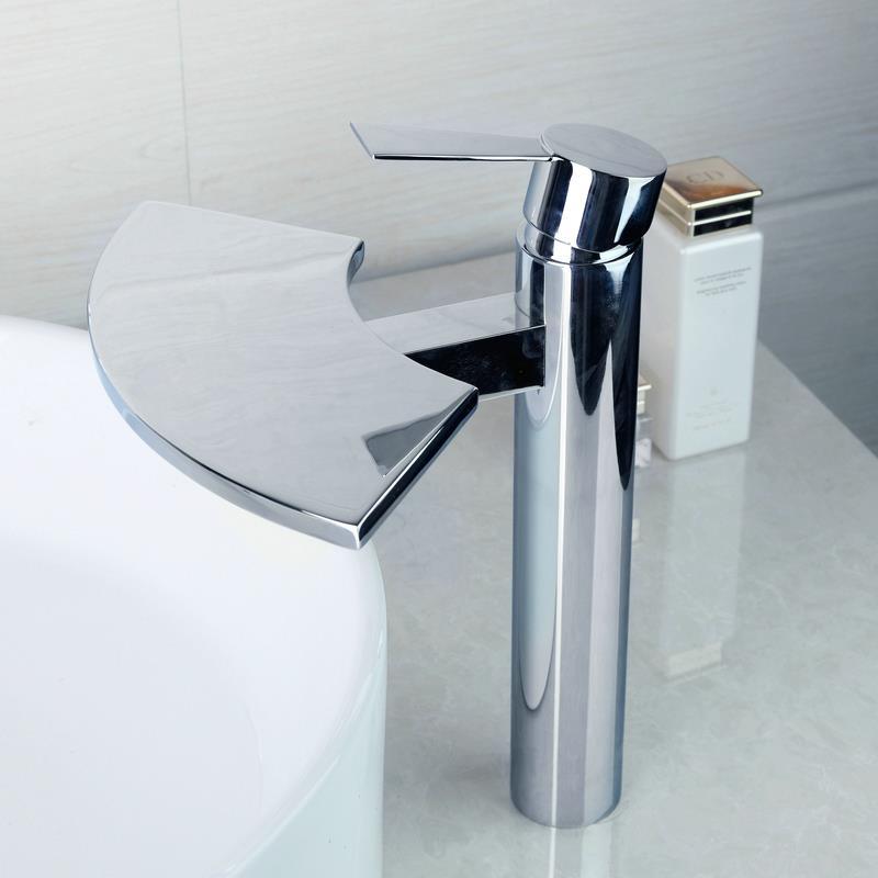ФОТО OUBONI Bathroom Faucet Solid Brass Waterfall Basin Tap torneira do banheiro 8251 Mixer torneira banheiro Hot & Cold Water