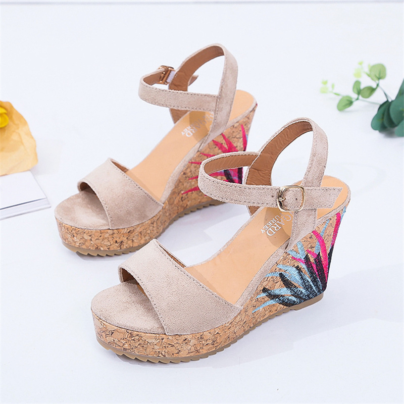 22014 sandals women the new summer 2018 sponge thick bottom fish mouth high-heeled sandals wholesale 15