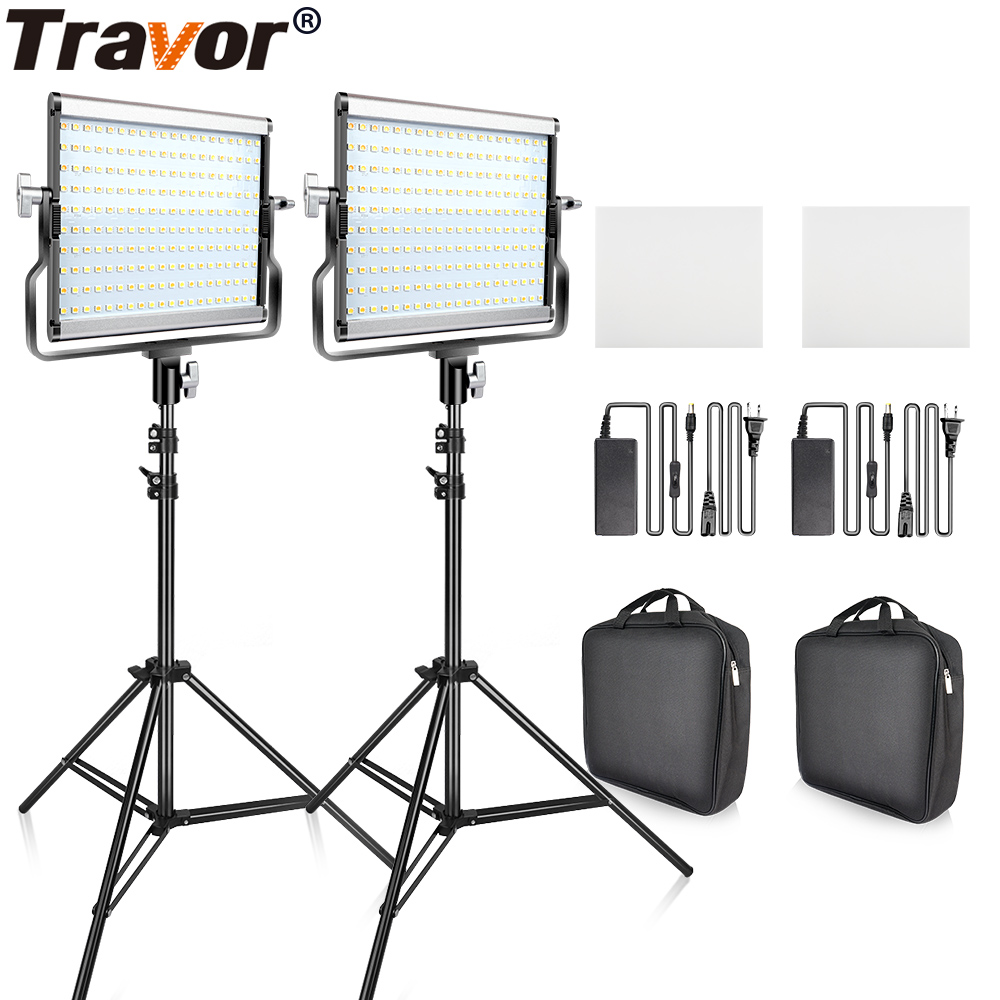 Travor Dimmable Bi-color 2set LED Video Light Kit with U Bracket 3200K-5600K CRI96 and Bag for Studio Photography Video Shooting travor tl 600a 2 4g kit bi color led video light 3200k 5500k for photography shooting three light 6pcs battery 3 light standing
