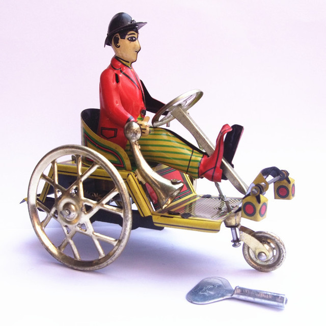 Retro Gentleman Riding Tricycle Model Wind-up Clockwork Tin Toy Collectibles Desktop Ornament Birthday Gift