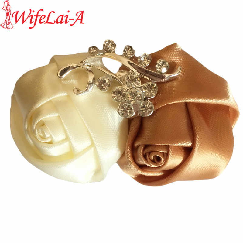 ac323e0776c8c WifeLai-A Royal Blue White Wedding Corsages Boutonnieres Groom Bridal  Wedding Flower Men's Suit Pin Brooches XH1711