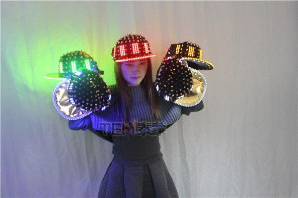 9dc26b73a54 Unisex Punk Hedgehog Rock Rivet Cap Newest Unique Gold Silver Rivet LED Hat  Fashion Snapback for Street Hip hop Rivet man woman -in Glow Party Supplies  from ...