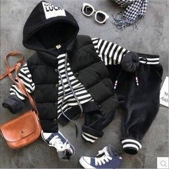 7374915b0 2018 Otoño Invierno conjuntos de ropa para bebés conjuntos de ropa para  niños chaleco grueso + más Sudadera con capucha + Pantalones de felpa 3  unids/set ...