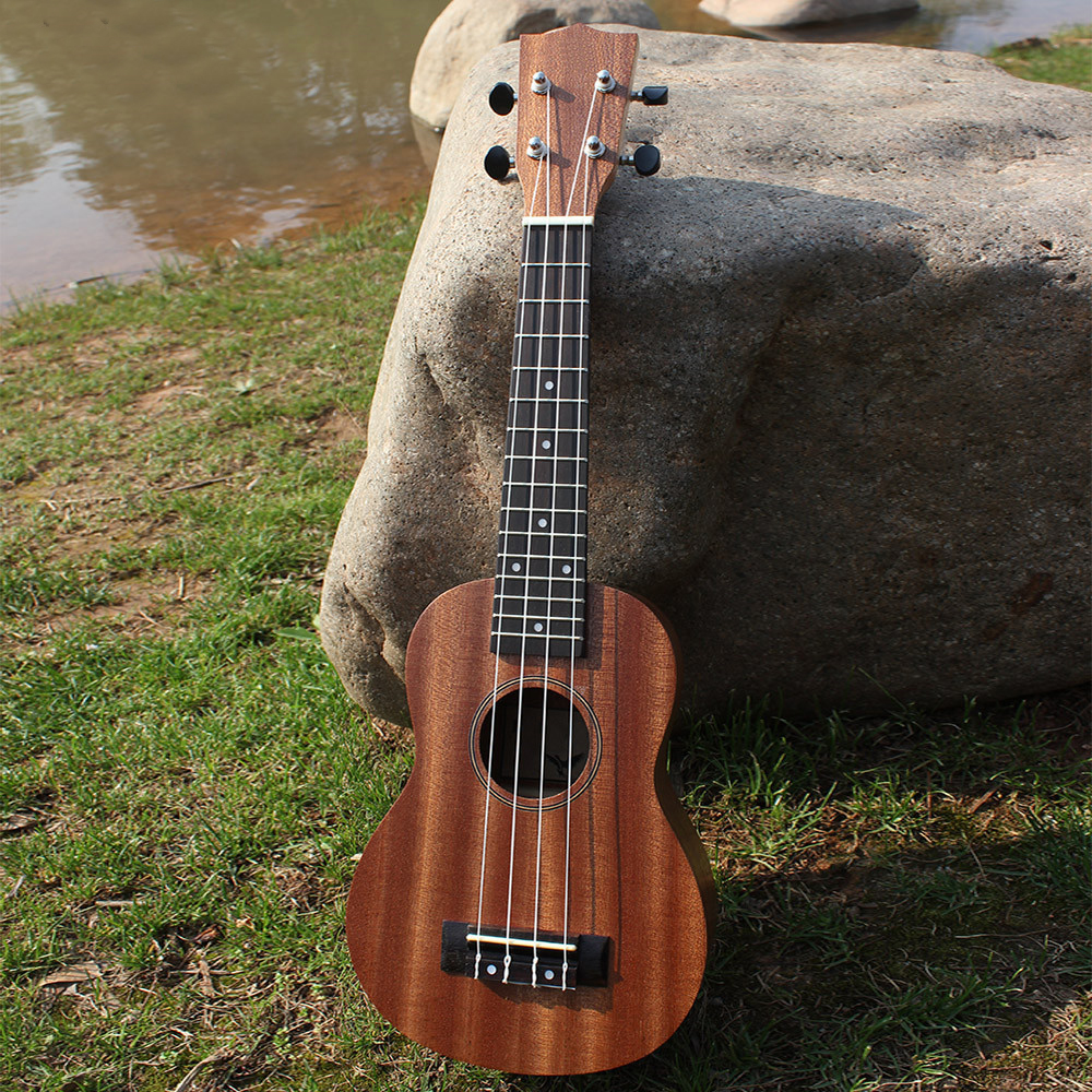 21 Inch Ukulele 4 String Guitar Sapele Rosewood Fingerboard Hawaii Mini Guitar Instrument Ukelele Unisex Good Gift