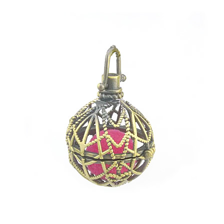 39x24mm Hollow Round Ball Box Vintage Filigree Cage Locket Pendant For DIY Essential Oil Diffuser Perfume Sound Chime Necklace