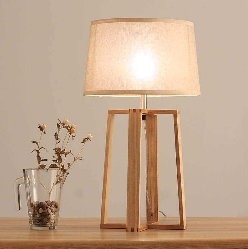 Simple And Modern Japanese Style Garden Green Wood Wood Table Lamp Living Room Den Bedroom Linen
