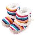 Buen invierno caliente del arco iris de rayas, además de terciopelo bebé niño de las muchachas zapatos zapatos de bebé del niño botas de comercio exterior al por mayor Kawaii 48