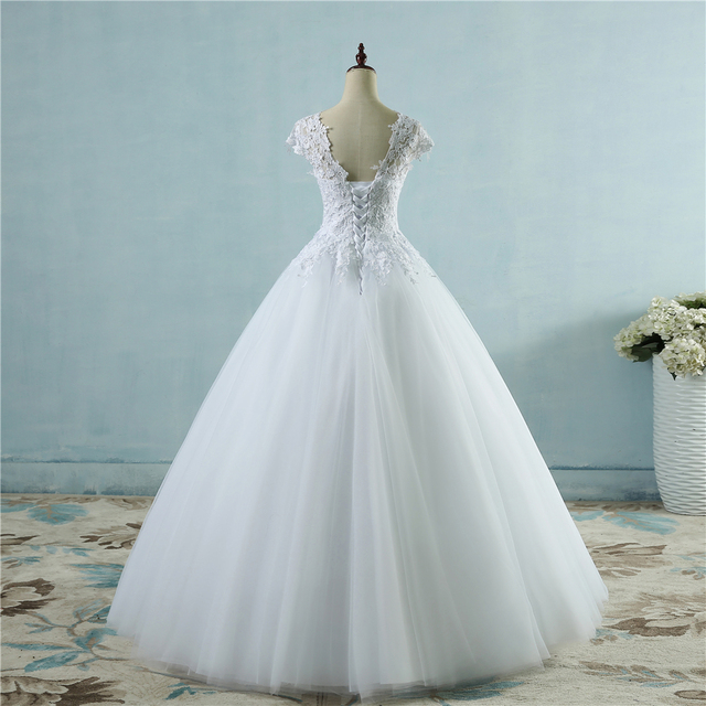 ZJ9085 lace White Ivory Short Cap Sleeve Wedding Dresses 2019 2020 for bride bridal gown Vintage plus size maxi Customer made 2