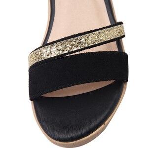 Image 4 - YALNN Zomer Hot Mode Nieuwe Zwarte Vrouwen Sandalen Vrouwelijke Schoenen voor Vrouwen Nubuck Leer Trifle Schoenen