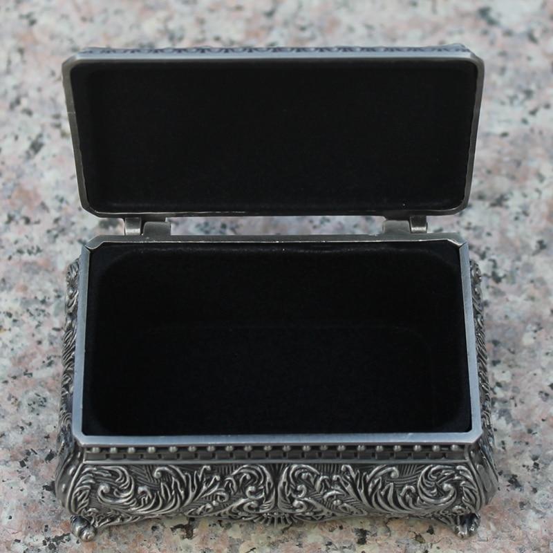 0b899d0c4f4c Envío Gratis estaño plateado Flor de metal grabado joyería caja de aleación  de zinc de la baratija
