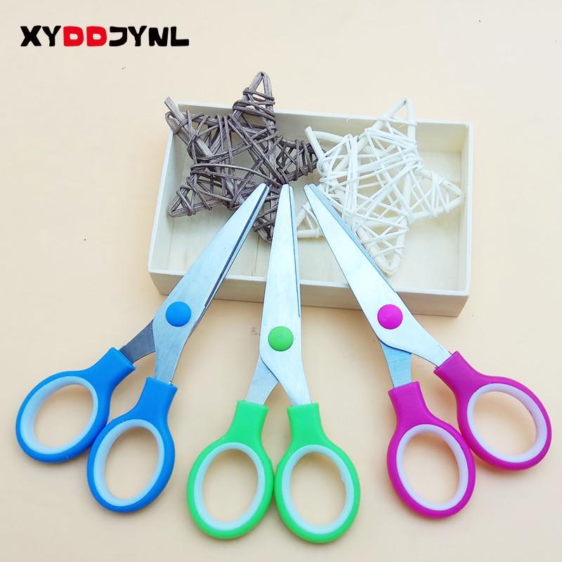 XYDDJYNL Different Colors 3 Pcs/Lot Cute School Stationery Student Scissors Paper Cutting For Kids Craft Cutter DIY Scrapbook