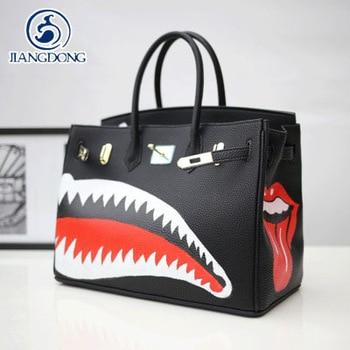 2016 Graffiti spoof Women Pu Leather 35CM Lock Black Manual drawing sharks art bags Large capacity platinum package tote bag