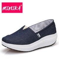 Minika جديدة تصميم الأحذية فقدان الوزن التخسيس سوينغ المرأة الأزياء الانزلاق على أحذية للنساء نجم شقة أحذية نسائية عالية جودة