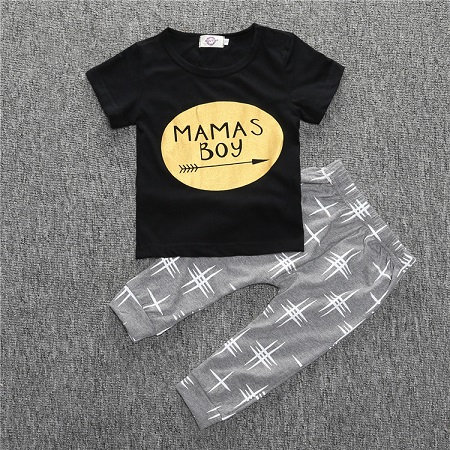 Fashion 2017 summer baby boy clothes baby clothing set cotton short sleeved gold printing t-shirt + pants 2pcs suit Mamas boy 2pcs set baby clothes set boy
