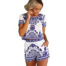 2016 New Fashion Summer Short Sleeve Blue And White Porcelain Print Women Two Piece Crop Top And Shorts Set