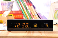 with Snooze Function Living Rome Bedroom Decoration LED Wooden Clock Temperature and Humidity Display Retro Alarm Clock