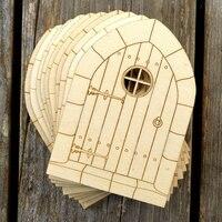 Porta de madeira de Estilo Gótico Formas Artesanais de Madeira Compensada Arquitetura Edifícios